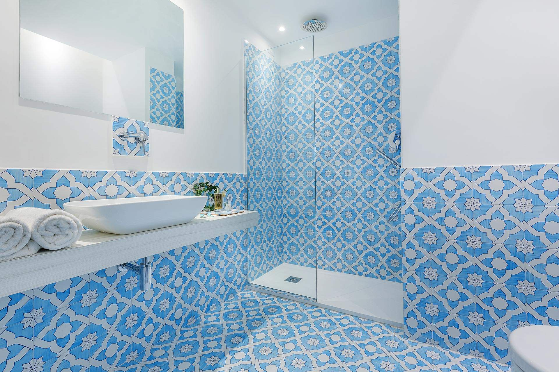 Domo20 Junior Suite Luxury Hostel Sorrento Coast Amalfi Vico Equense Pompeii Naples Italy Restaurant Mima Pool 3